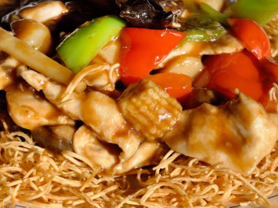 Chicken with Crispy Noodle
