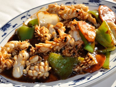 Stir-Fried Squid with Bean Sauce