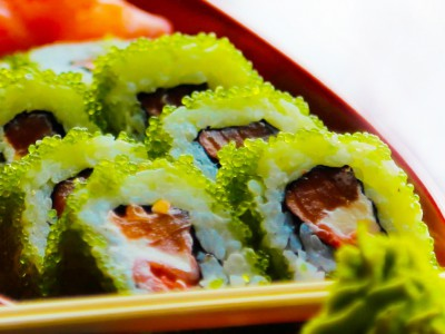 Green Tobiko Roll